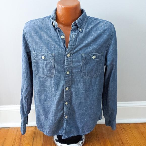 3/$20 Arizona Jean Co Chambray Polka Dot Shirt